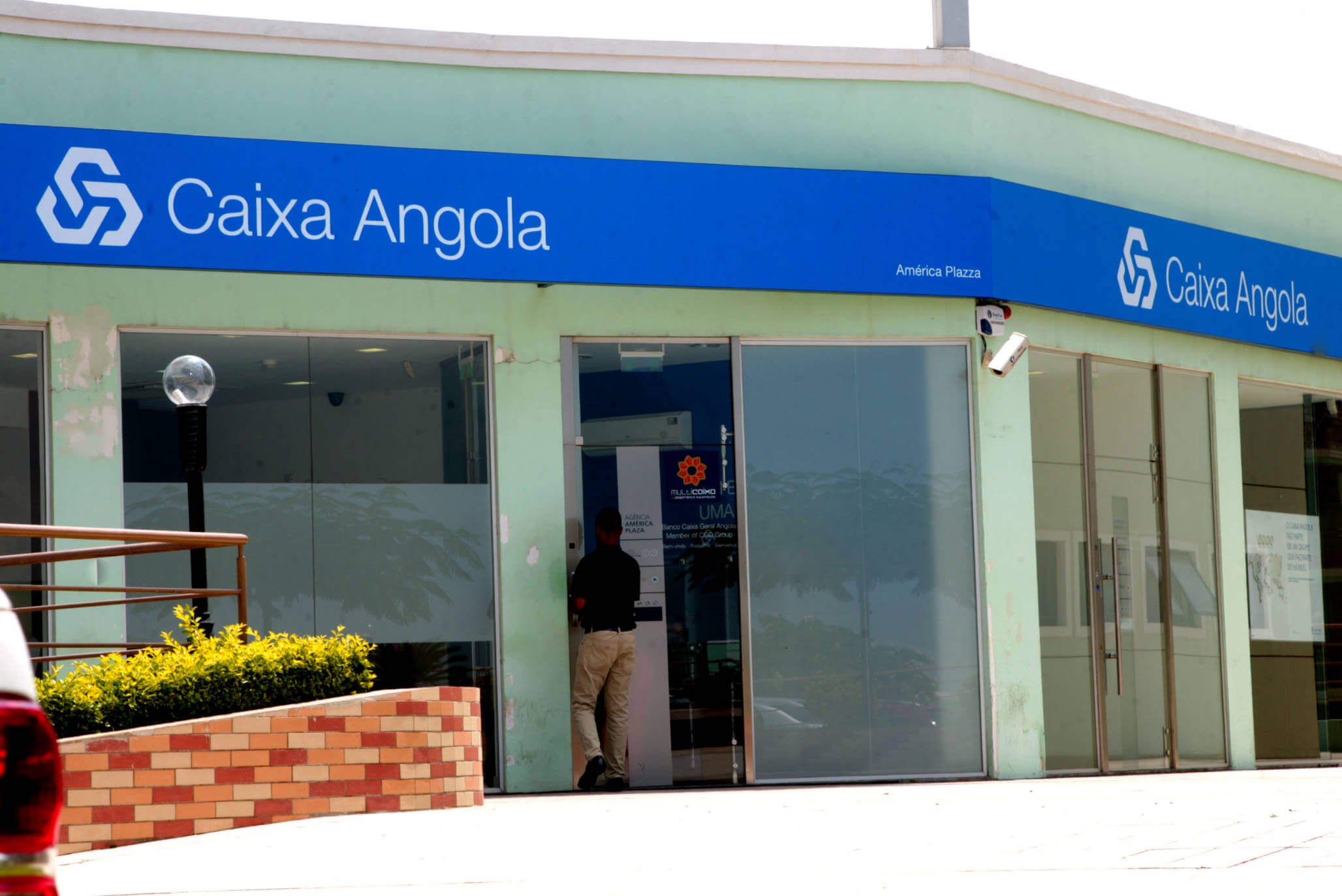 Vagas no Banco Caixa Geral Angola