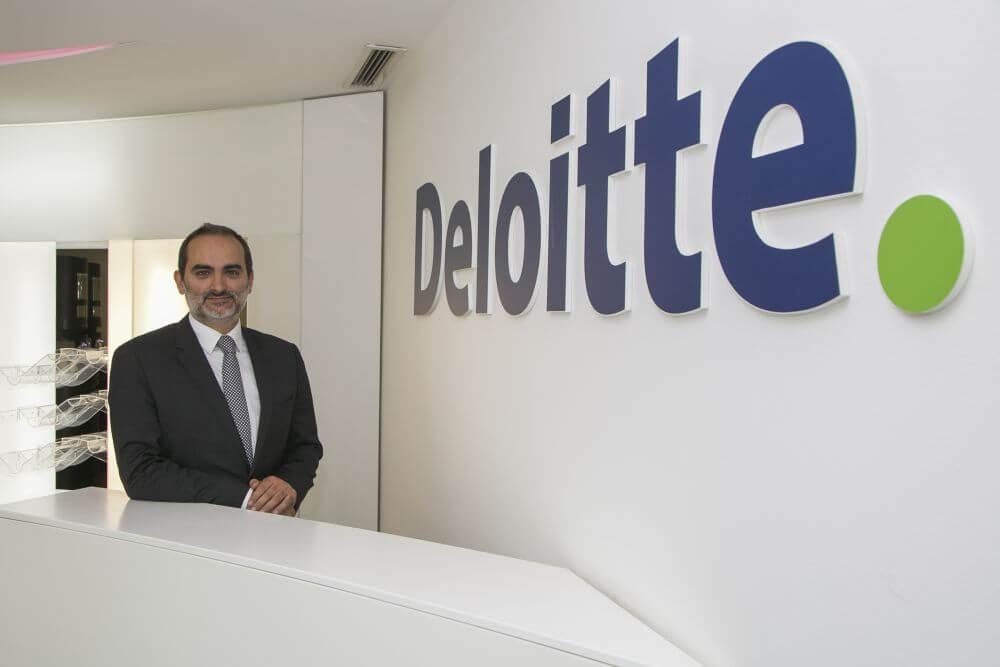 Vaga na Deloitte Angola